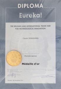 Semelles et Patchs - Diplome Eureka Photonik-balance médaille d'Or
